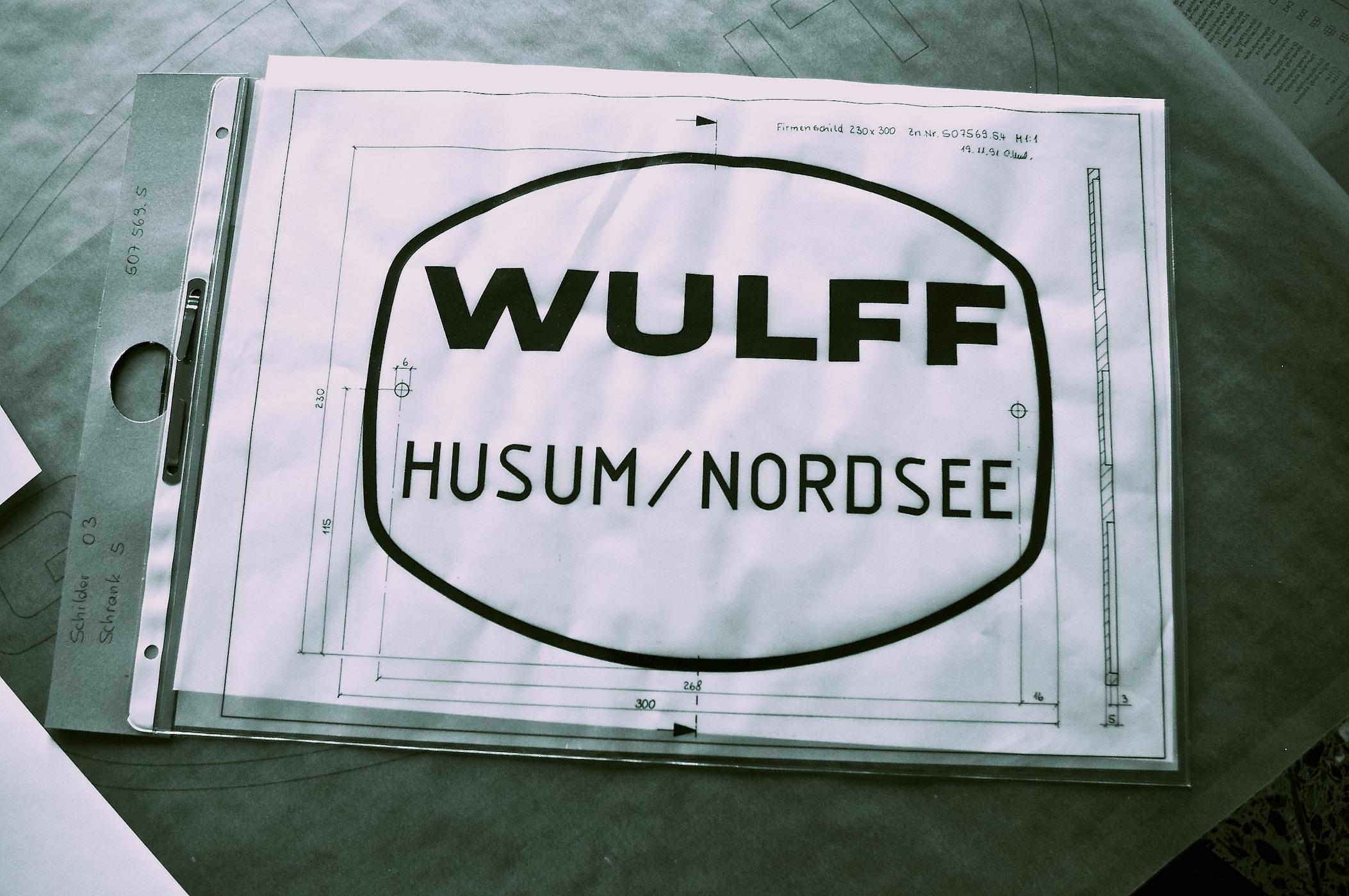 Altes Wulff Husum Schild